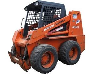 Doosan 450 PLUS Skid Steer Loader
