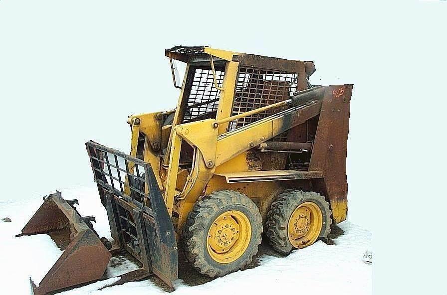 1989 Gehl 3000 Skid Steer Loader For Sale   Jackson, MN   9625
