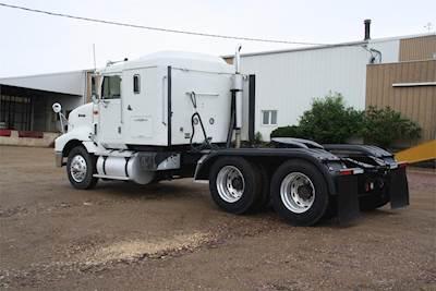 1995 International 9200 Sleeper Truck