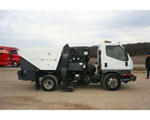 Mitsubishi Fuso FE639 Sweeper Truck
