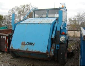 Elgin PELICAN Sweeper / Vactor