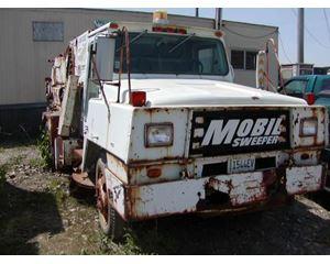 MOBIL SWEEPER 2254 Sweeper / Vactor