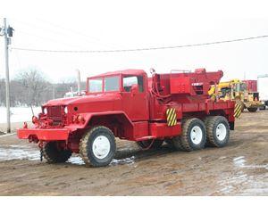 Kaiser M816 Tow Truck