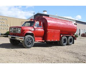 GMC 7000 Water Tank Truck