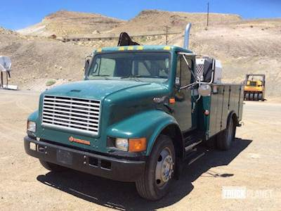 International 4700 Single Axle Mechanic / Service Truck, 230HP