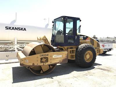 2009 Caterpillar CS56 Smooth Drum Roller Compactor