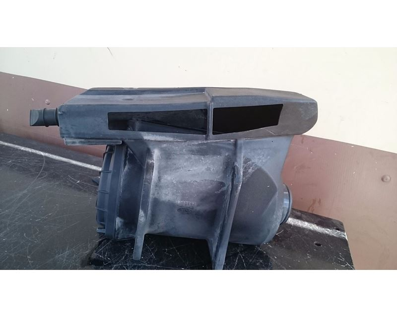 Freightliner Air Cleaners : Plastic donaldson air cleaner for freightliner fl