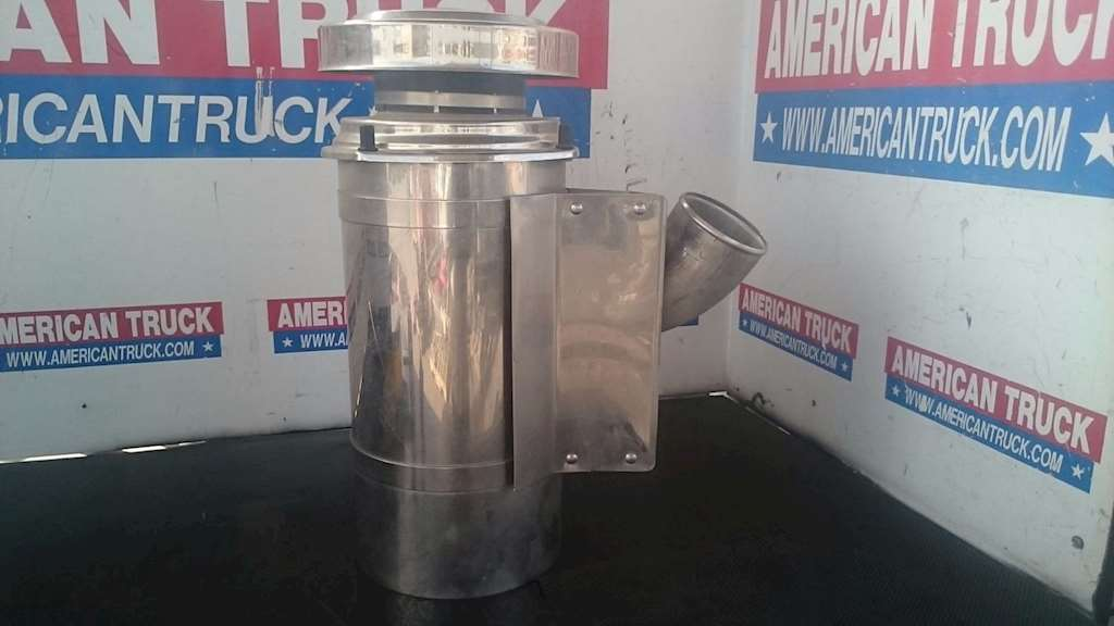 Freightliner Air Cleaners : Freightliner fld classic air cleaner for sale