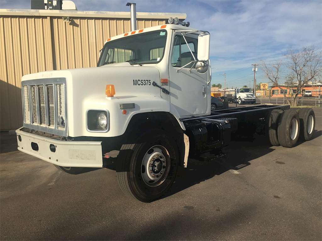 2002 international 2654 heavy duty cab chassis truck for sale 126 804 miles phoenix az. Black Bedroom Furniture Sets. Home Design Ideas