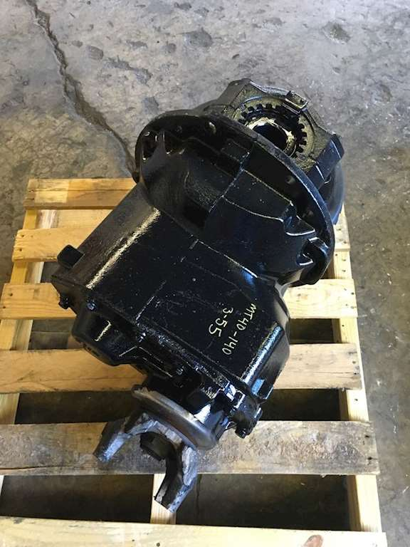 Meritor Rear Differential : Inspected front rear differential meritor mt with