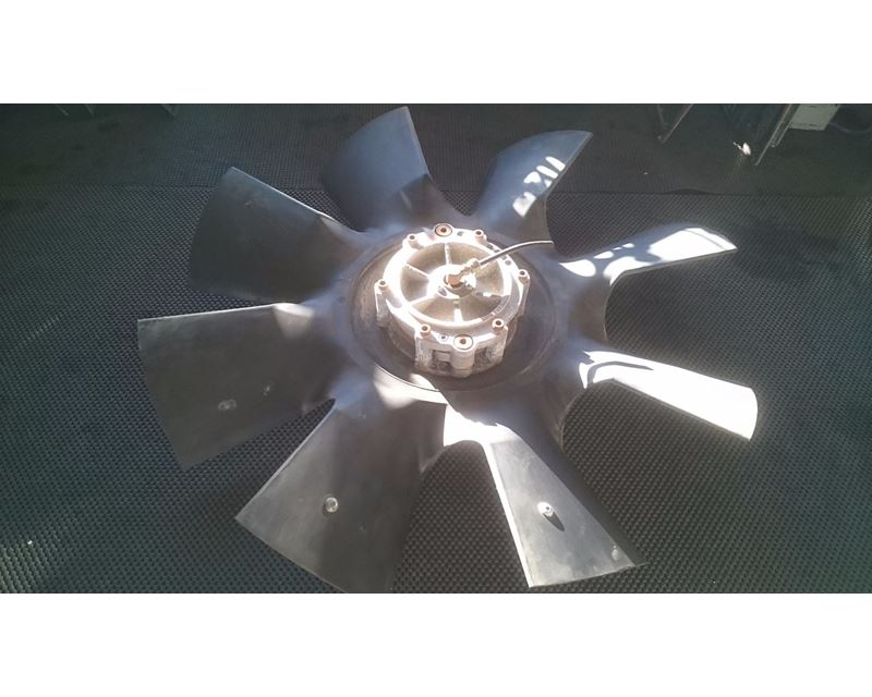 2001 Engine Fan With Fan Clutch Attached From A Mack E7 Engine For on