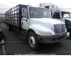 International 4400 Flatbed Truck