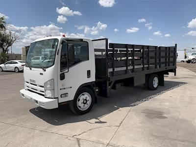 2013 Isuzu NRR Single Axle Flatbed Truck, 210HP, Automatic