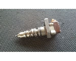 International T444E Fuel Injection Parts For Sale   MyLittleSalesman com