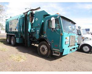 Peterbilt 320 LCF Garbage Truck