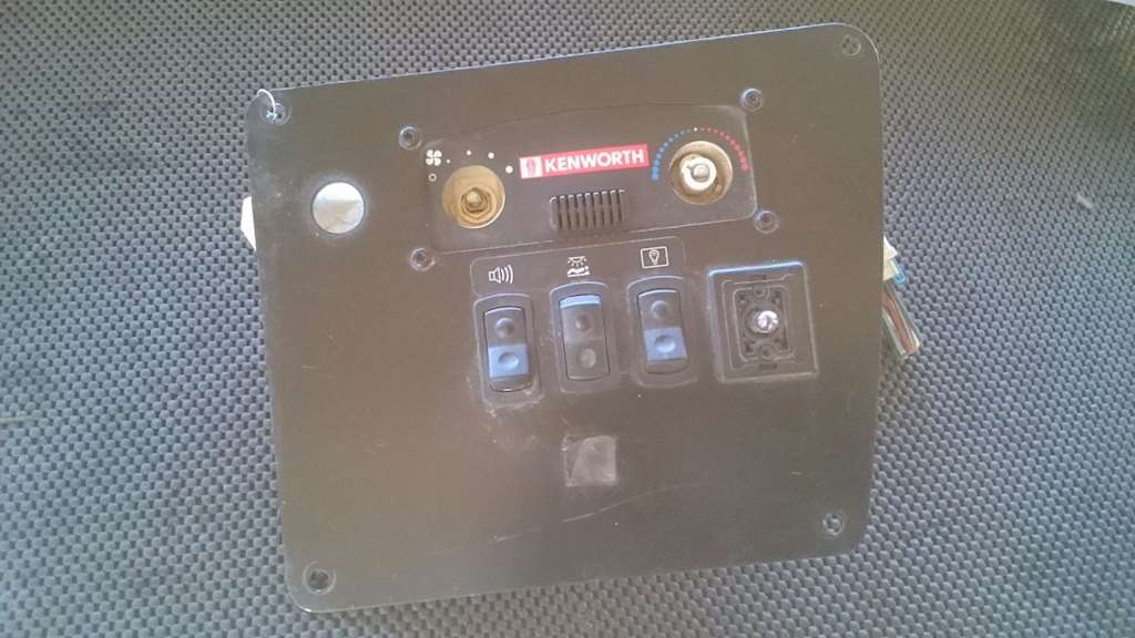 Used Kenworth Sleeper Dash Control Panel With Heater/Ac And Switches For  1999 For Sale | Phoenix, AZ | SV-180-23 | MyLittleSalesman com
