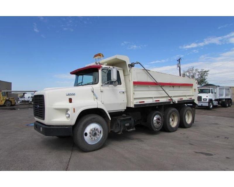 1989 ford l9000 heavy duty dump truck for sale phoenix az. Black Bedroom Furniture Sets. Home Design Ideas