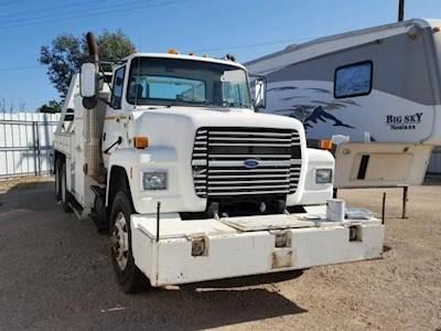 1997 Ford LT9000 Tandem Axle Mechanic / Service Truck - Cummins L10