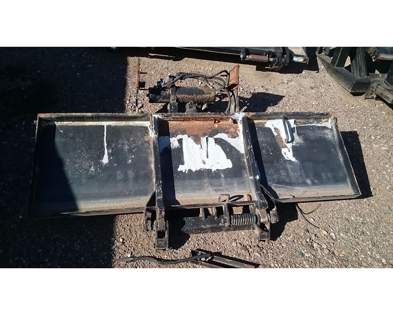 West Gate Leasing >> Used Tuck Away Lift Gate Maxon With Capacity Of 2000 Model # Te-20B For Sale | Phoenix, AZ ...