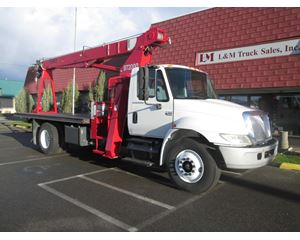 International 4300 Box Truck / Dry Van