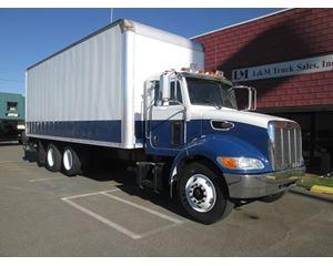 Peterbilt 335 Box Truck / Dry Van