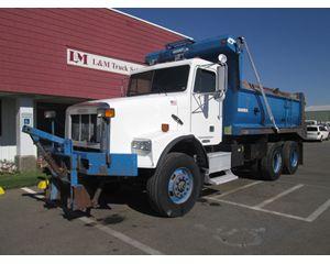 Freightliner FLD 112 Dump Truck