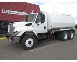 International 7400 Water Tank Truck