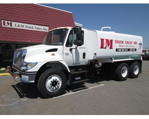 International 7400 Water Truck