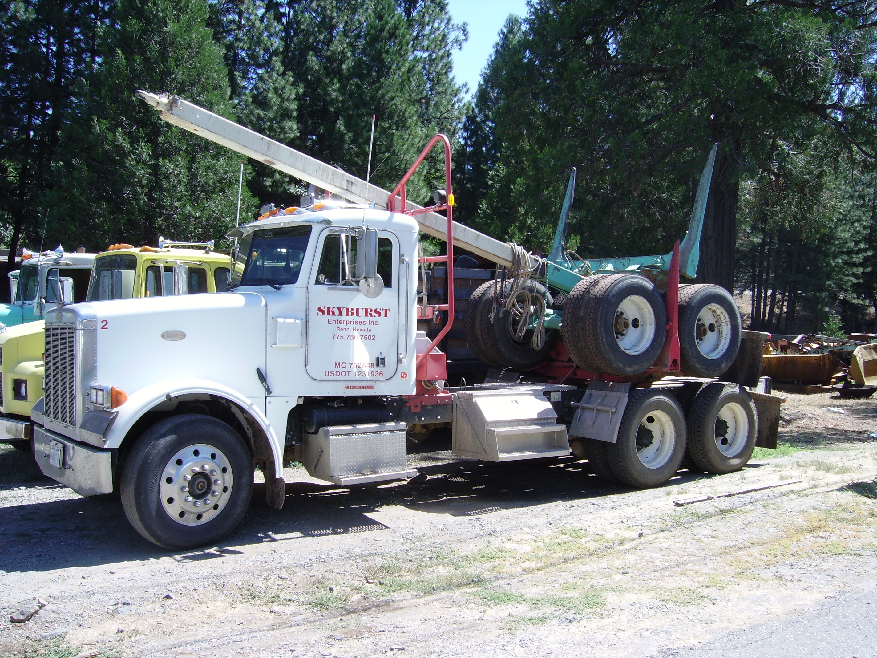 Peterbilt Logging Trucks Pics | Autos Weblog