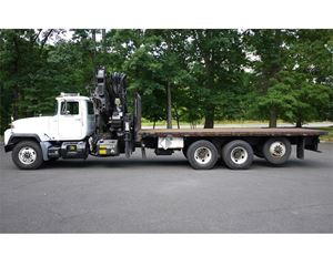 HIAB 300-4 Boom Truck Crane