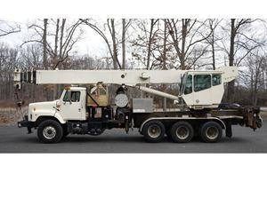 National 1500 Boom Truck Crane