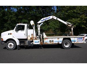 P & H 2000 Boom Truck Crane