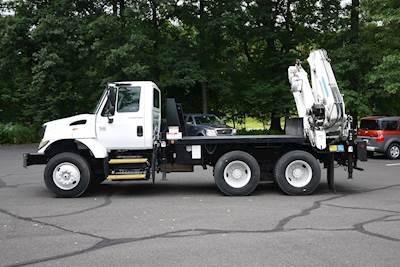 2003 International 7400 Tandem Axle Crane Truck - Automatic, EFFER 210/6S  Knuckle Boom Crane