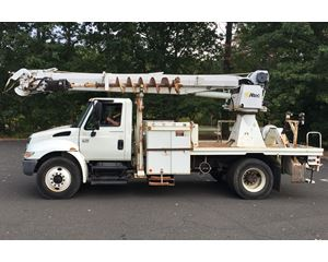 2007 International 4300 DIGGER DERRICK
