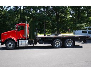 Kenworth T800 Flatbed Truck