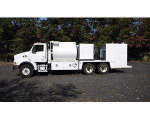 Sterling LT8500 Fuel / Lube Truck