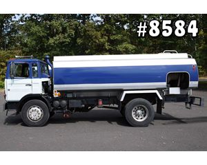 MACK MIDLINER MS250 Gasoline / Fuel Truck