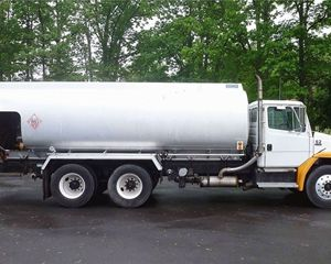 BOSTON STEEL 4500 GAL ALUMINUM Gasoline / Fuel Truck