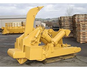 Caterpillar D8L Ripper