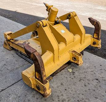 Caterpillar Ripper for a Caterpillar D6T, D6R For Sale