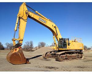 John Deere 800C Excavator