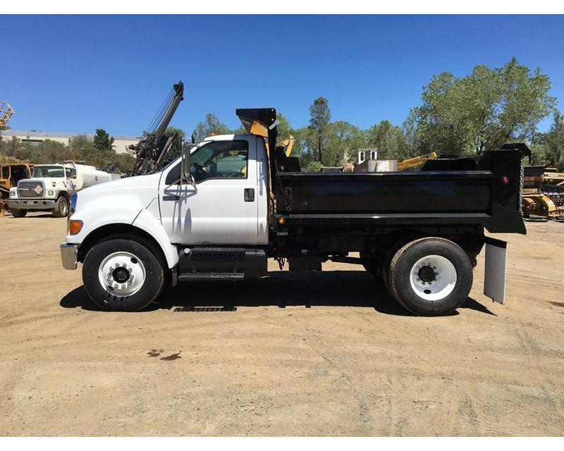 2008 ford f 750 heavy duty dump truck for sale redding ca. Black Bedroom Furniture Sets. Home Design Ideas