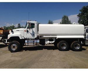 International 5500 Water Tank Truck