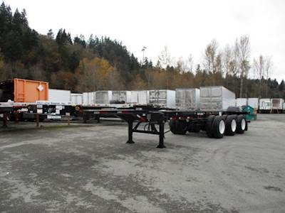 2020 CIMC TRI AXLE STRETCH CHASSIS Container Chassis