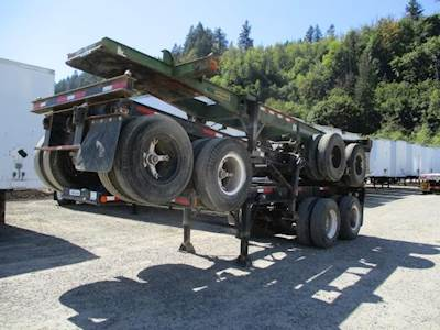 1985 Hyundai 20' CHASSIS Tandem Axle Steel Container Chassis - Spring, Sliding Axle