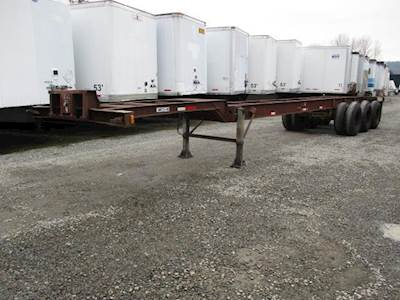 1970 THUERER 40x96 Tri Axle Steel Container Chassis - Spring, Fixed Axle
