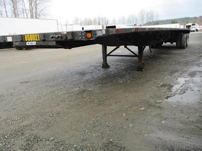 1999 UTILITY 48x102 Steel Flatbed Trailer - Spring, Sliding Axle