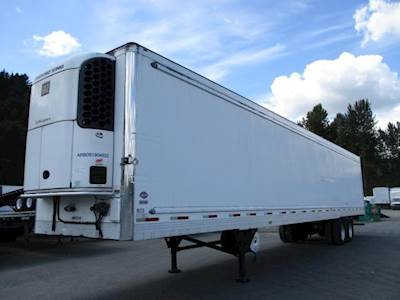 2008 UTILITY 3000R SWING DOOR AIR RIDE REEFER WITH TK UNIT Refrigerated Trailer