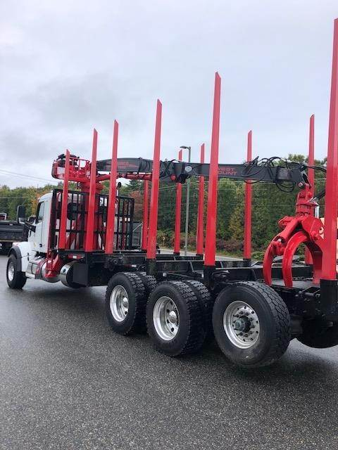2019 Peterbilt 567SF Logging Truck with Serco Log Loader