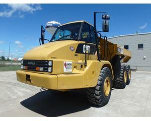 Caterpillar 725 Off-Highway Truck